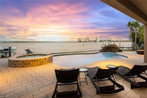 Laguna Shores fort myers beach real estate